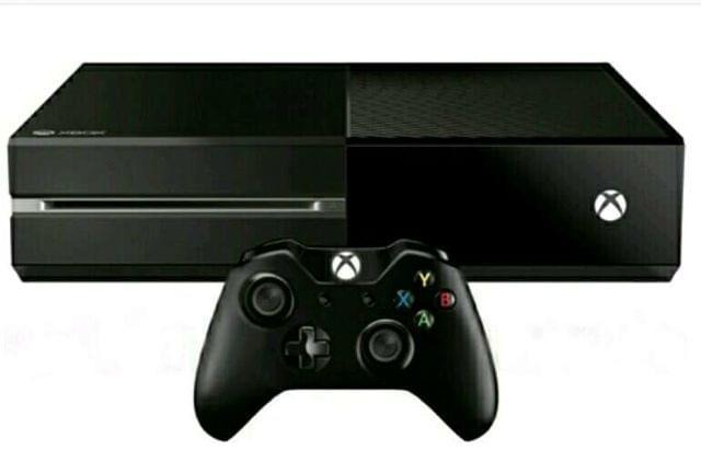 XBOX ONE 500 GB (Reacondicionada) + Mando